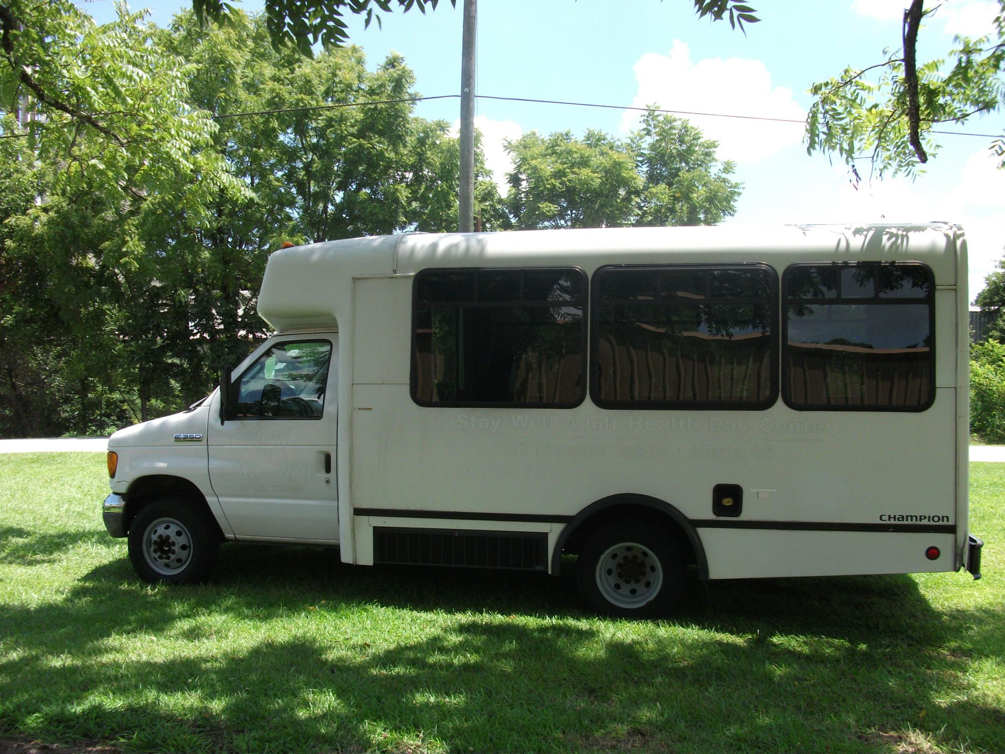 2006 Ford E350 Champion Shuttle - AH705 - Classic Bus Sales